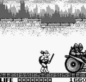 La moto des Foot dans le premier niveau des Tortues Ninja sur Game Boy