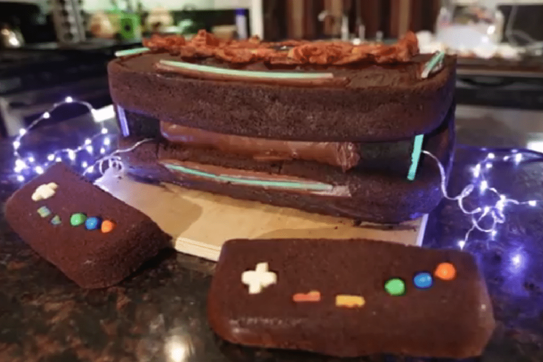 Epic Meal Time confectionne sa propre console…comestible !