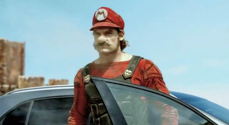 Vrai Mario pub mercedes GLA