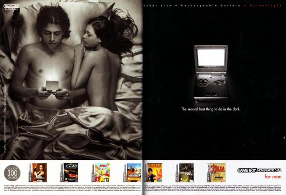 publicité dans magazine pour game boy advance sp avec couple dans lit