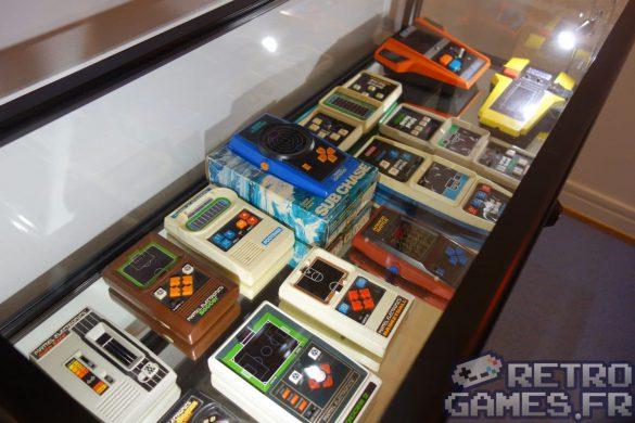 vitrine mini consoles portables mattel electronics pixel museum musée du jeu vidéo strasbourg