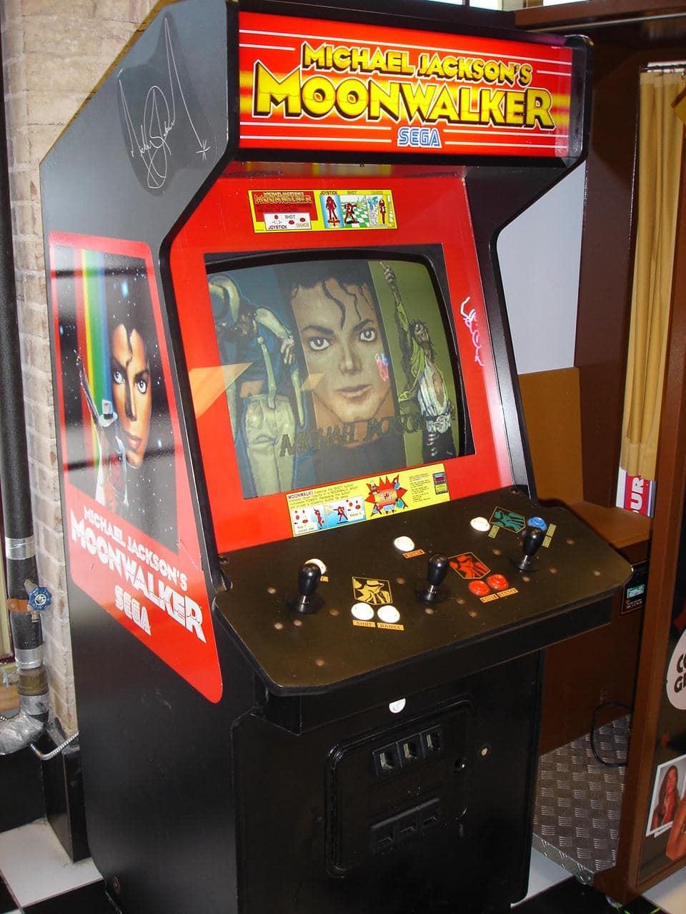 borne d'arcade moonwalker sega system 18 jammo