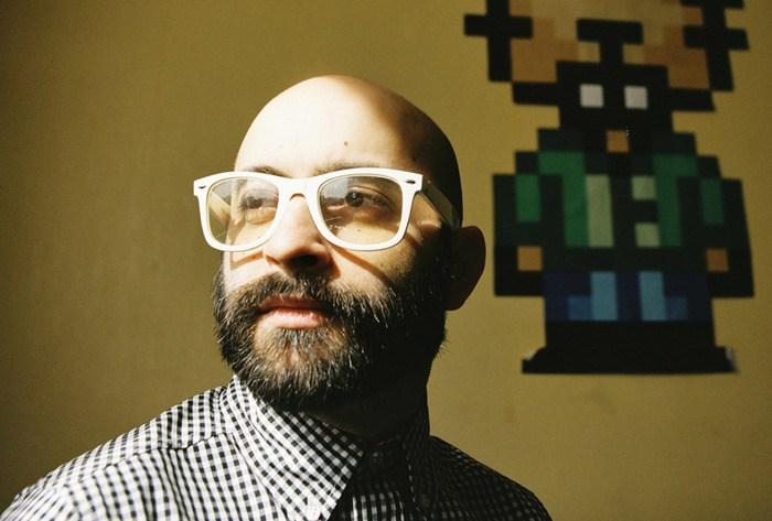 portrait du dj musique electronique 8 bits chiptune 2080
