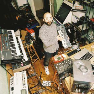 studio et materiel de composition chiptune 8bit de 2080